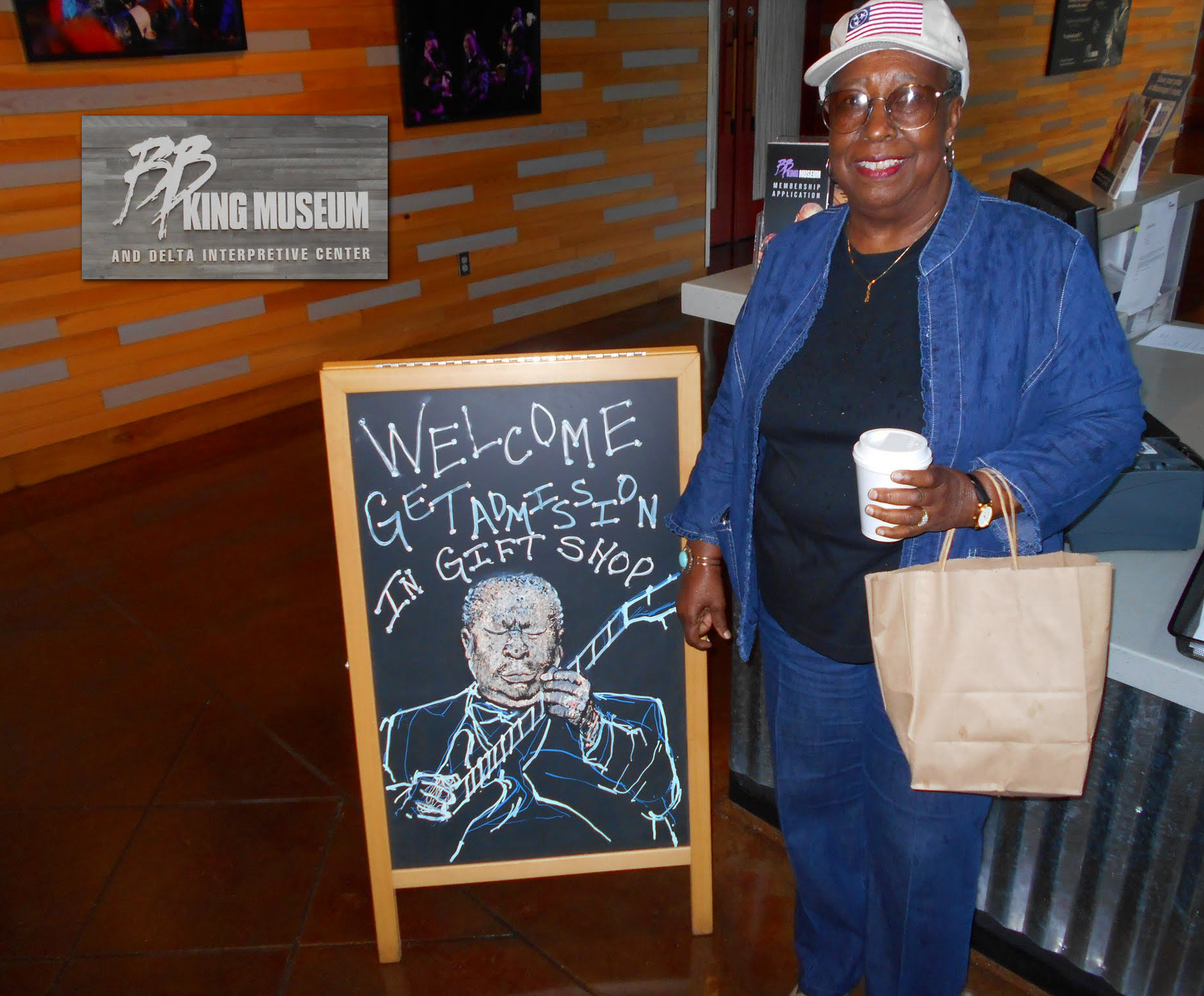 minnie at BB King museum